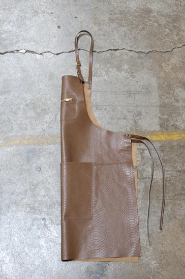 DutchDeluxes Förkläde Läder Snake Brown
