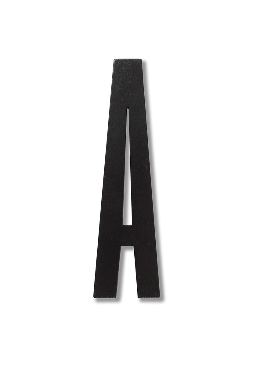 Design Letters Svart Bokstav i Trä, Ä