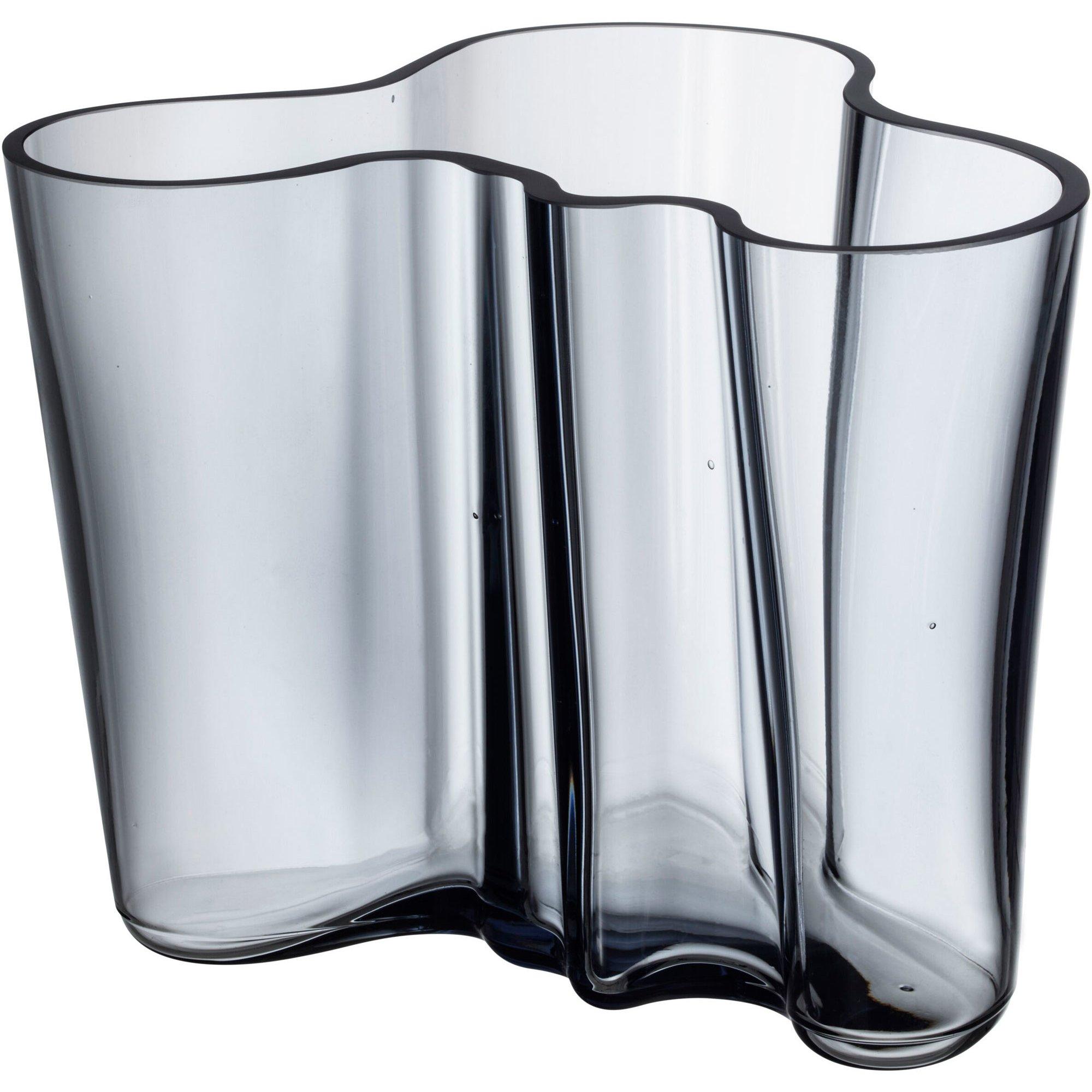 Iittala Alvar Aalto Collection Vas 16 cm. Återvunnet glas