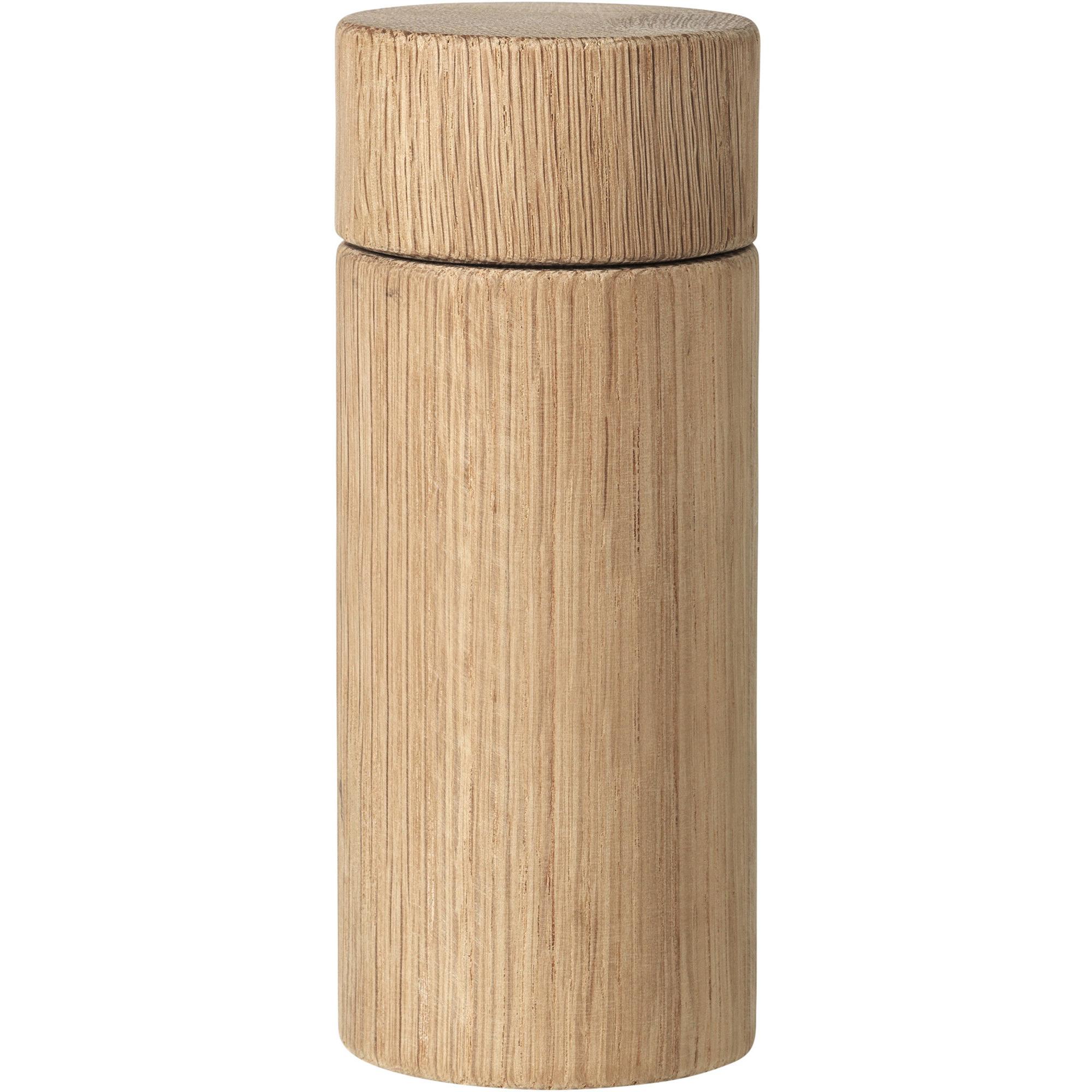 Broste Copenhagen Salt-/pepparkvarn i ekträ 16cm