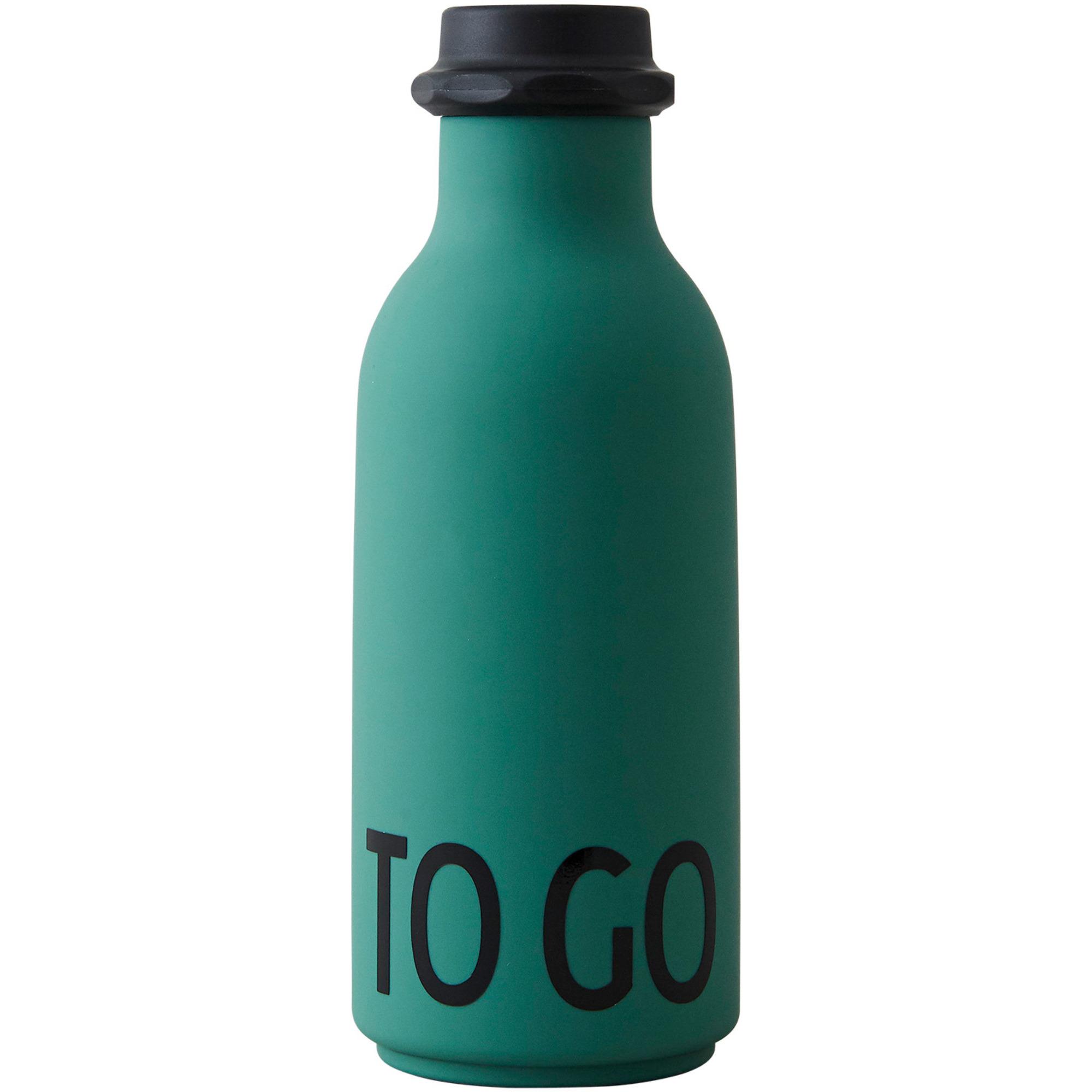 Design Letters TO GO vattenflaska 500 ml. Mörkgrön