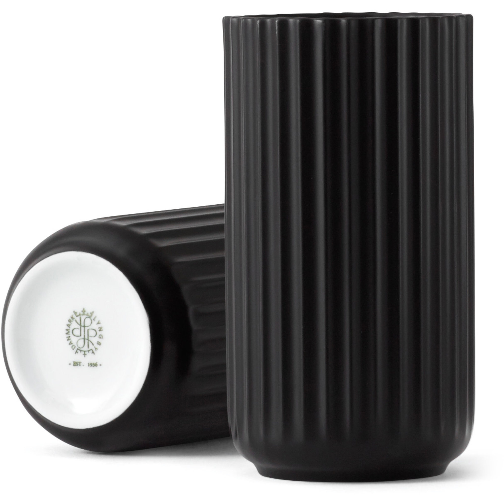 Lyngby Porcelæn Lyngbyvasen 15 cm. porslin – svart