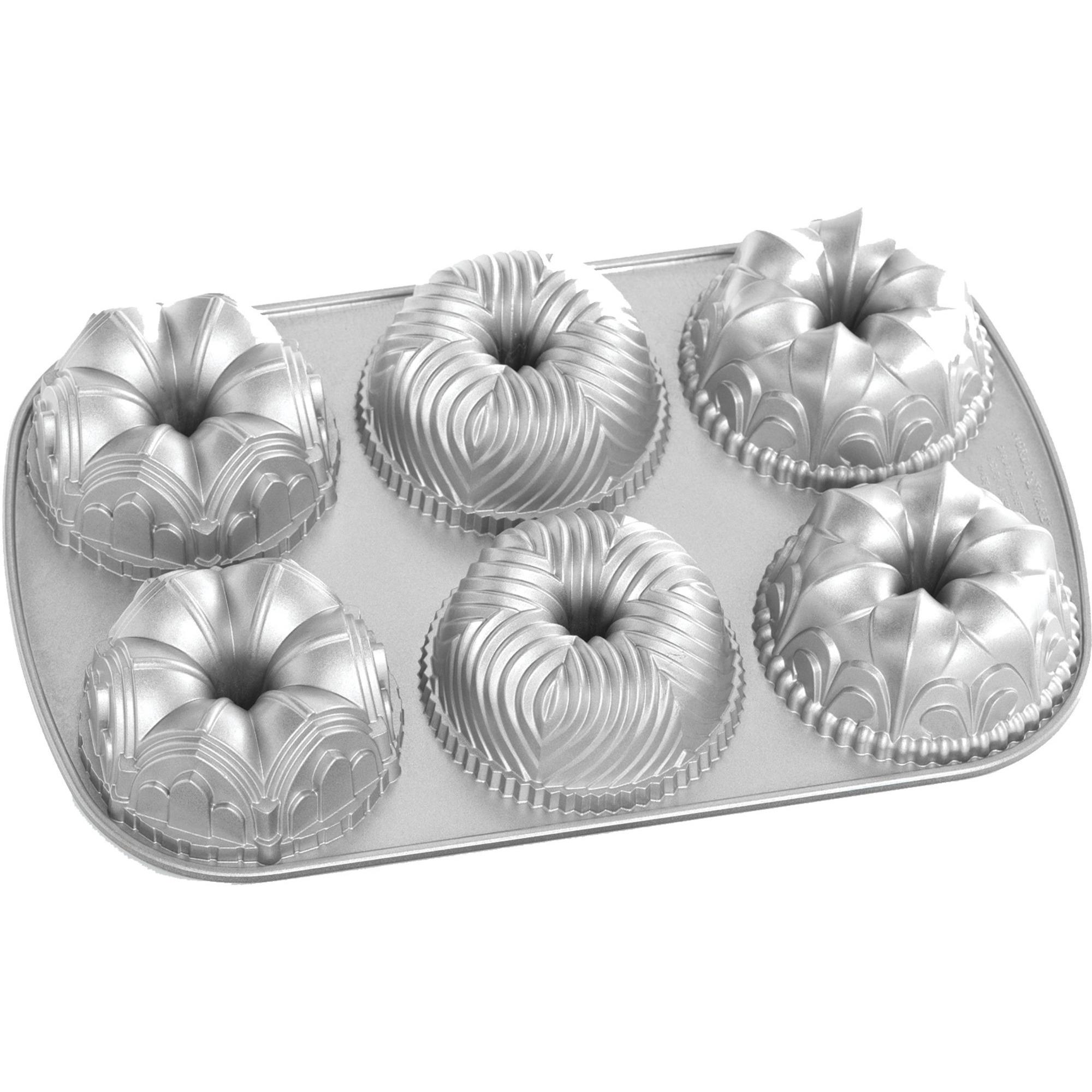 Nordic Ware Kakform Garland