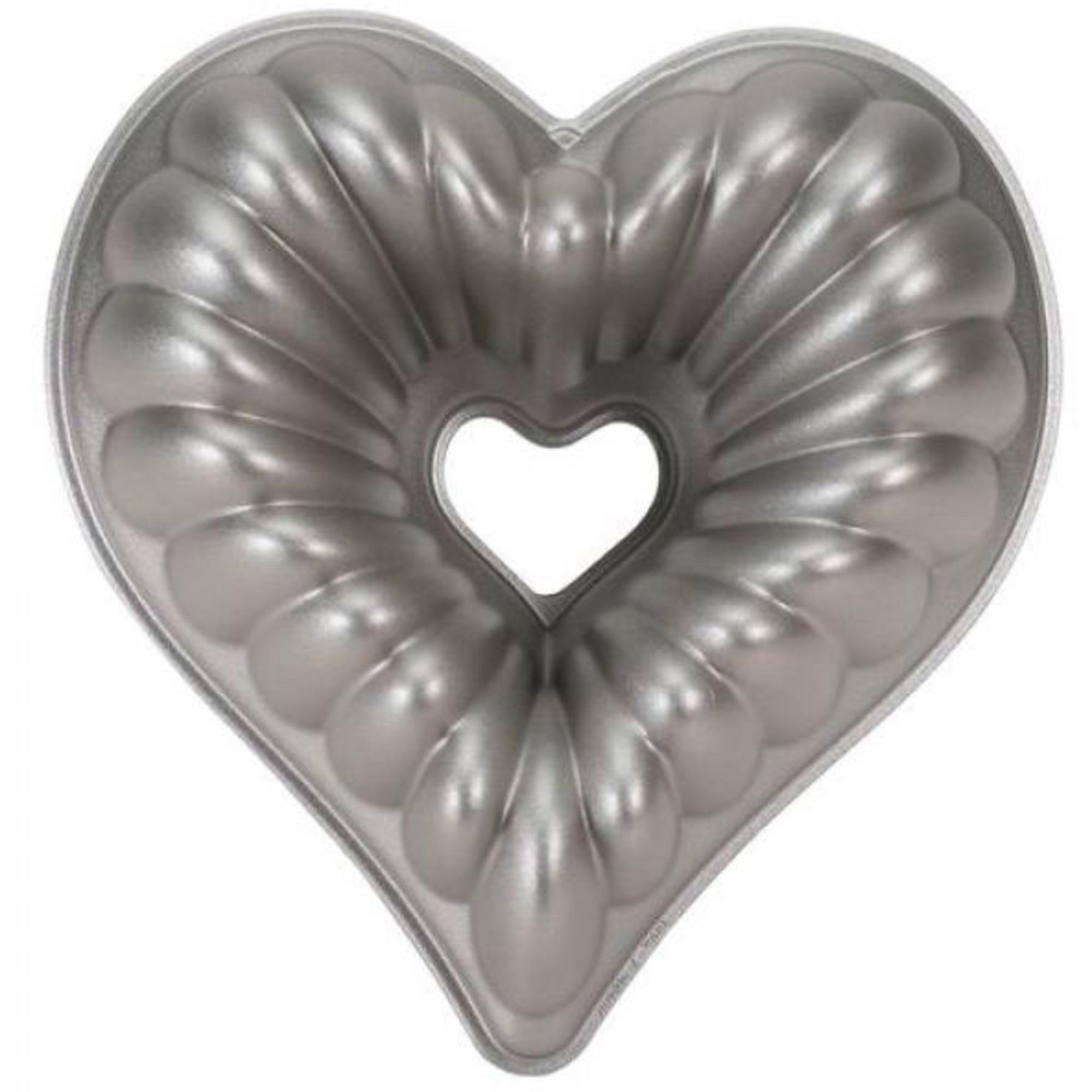 Nordic Ware Kakform Elegant Heart