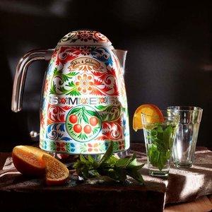 Vattenkokare Dolce & Gabbana från Smeg » Fri frakt