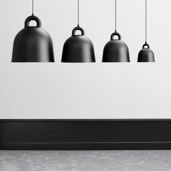 Bestill Bell Lamp Medium EU Black fra Normann Copenhagen